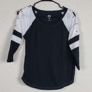 SO cute top with tie shoulders size small